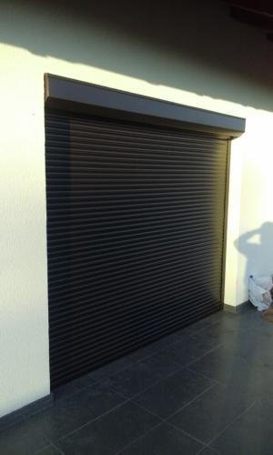 Rulouri garaj 1