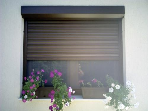 rulou-maro-fereastra